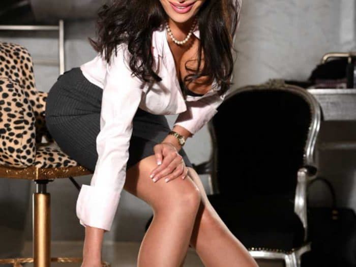 body independent escort berlin